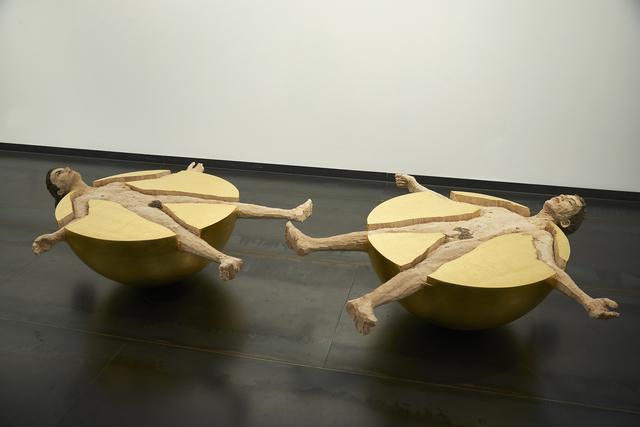 , 'Kugelmenschen (Frau und Mann),' 2012, Galeria Senda