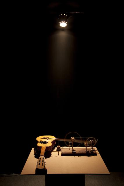 , 'Máquina de arco,' 2013, Galeria Nara Roesler