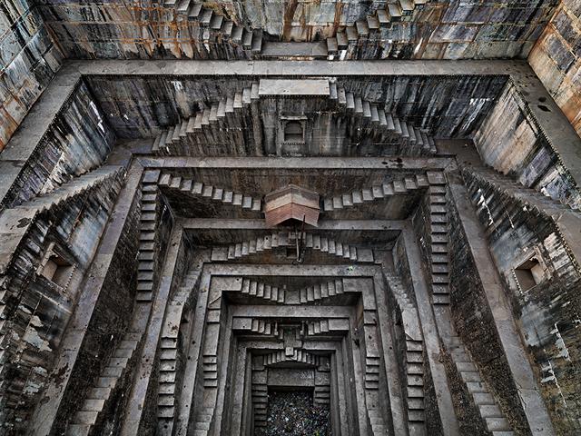 , 'Stepwell #5, Nagar Kund Baori, Bundi, Rajasthan, India,' 2010, Sundaram Tagore Gallery