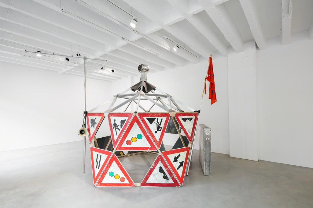 Marjetica Potrč, Drop City: Geodesic Dome, 2012/2018, Building materials, communications & water supply infrastructure, overall dimensions: H 330 x  Ø 340 cm
