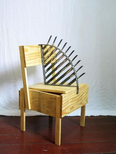 , 'Design da Turbação - Ofendículo Beleza da Funcionalidade  para cadeira do Enzo Mari [Design of Disturbance - Beauty of Function barrier to chair by Enzo Mari],' 2015, Portas Vilaseca Galeria