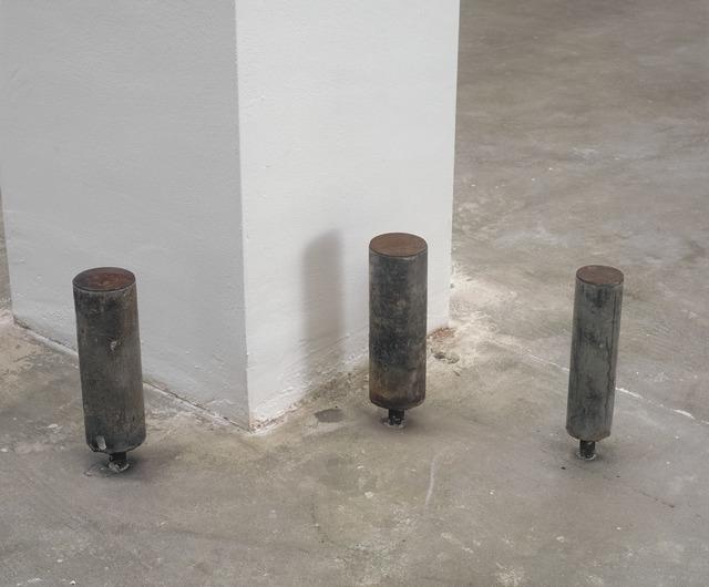 , '2 x (ø 7,5 x 26,5) ø 6 x 26,5  ,' 1991, Galerie Isabella Czarnowska