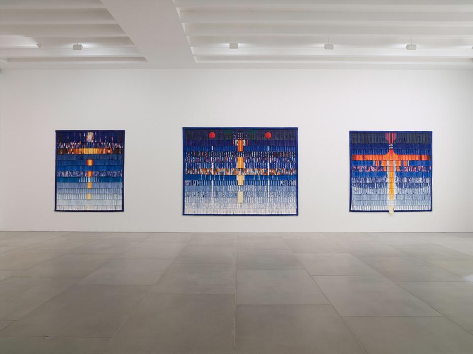 Abdoulaye Konaté, Symphonie en couleur, Installation view, Courtesy the artist and Blain|Southern, Photo: Peter Mallet
