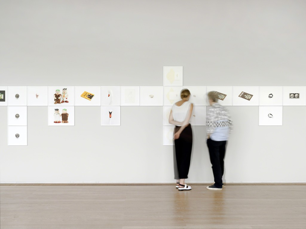 Roni Horn, The Selected Gifts, (1974–2015), 2015–16. Installation view at the Fondation Beyeler. Courtesy the artist and Hauser & Wirth. Photo: Stefan Altenburger