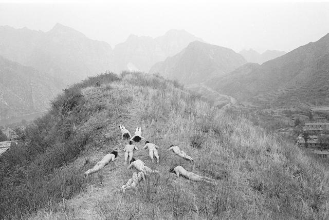 , 'Nine Holes,' 2014, Hanmi Gallery