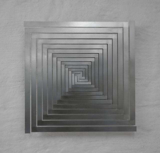 , 'bewegtes quadrat, vertikal, vierfach spiralig, breiten wachsend,' 2018, Edition & Galerie Hoffmann