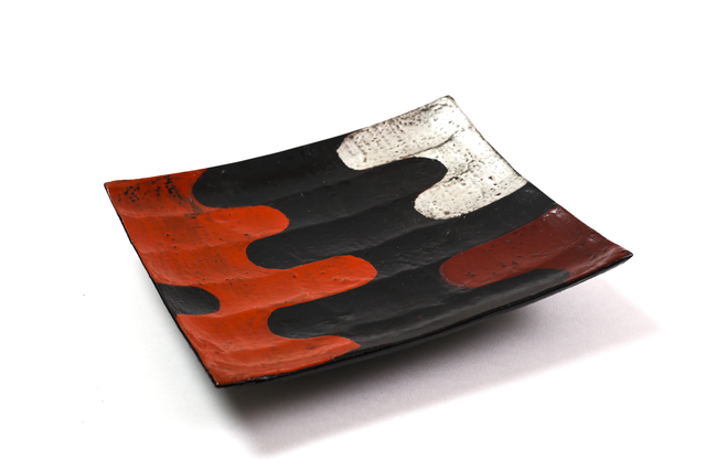 , 'Silver and vermilion lacquer ridged tray,' 2017, Ippodo Gallery