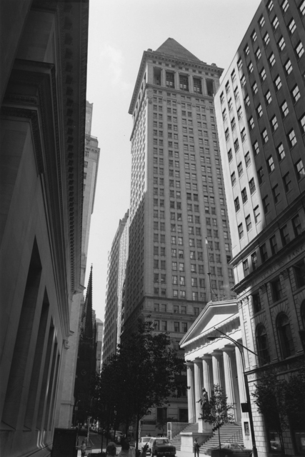 , 'Wall Street #59 10-11 Vertical,' 1988, Gallery 270