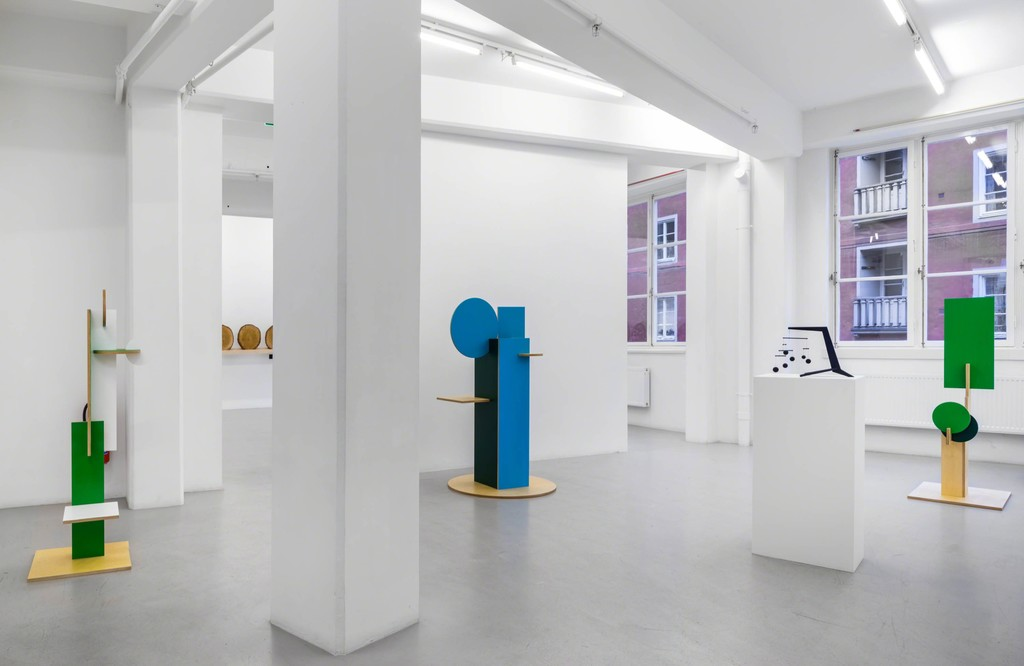 Installation view Xavier Veilhan at Andréhn-Schiptjenko, 2015.