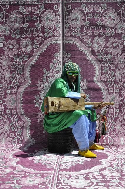 Hassan Hajjaj, 'Maalem Simo Lagnawi', 2010, Photography, Metallic Lambda print on 3mm Dibond, Newark Museum