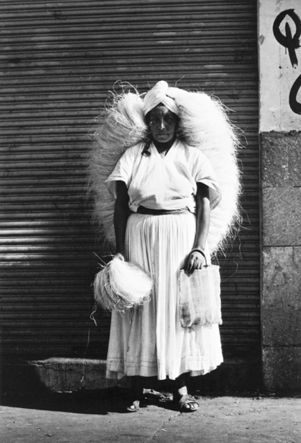 , 'Vendedora de zacate. Oaxaca, México,' 1974, Rafael Ortiz