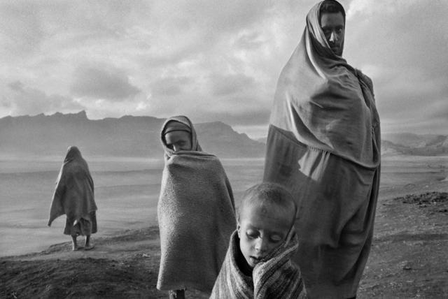 Sebastião Salgado, 'REFUGEES AT THE KOREM CAMP, ETHIOPIA,' 1984, Beetles + Huxley