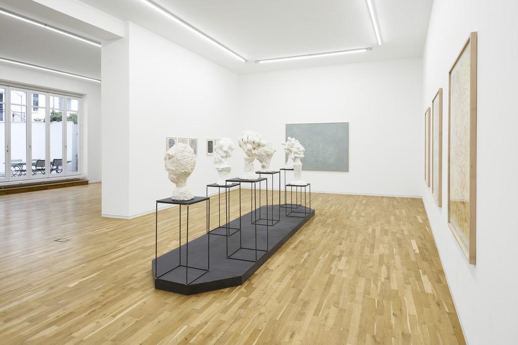 Alexi Tsioris. Cosmic Fruits, exhibition view, Jahn und Jahn, 2019