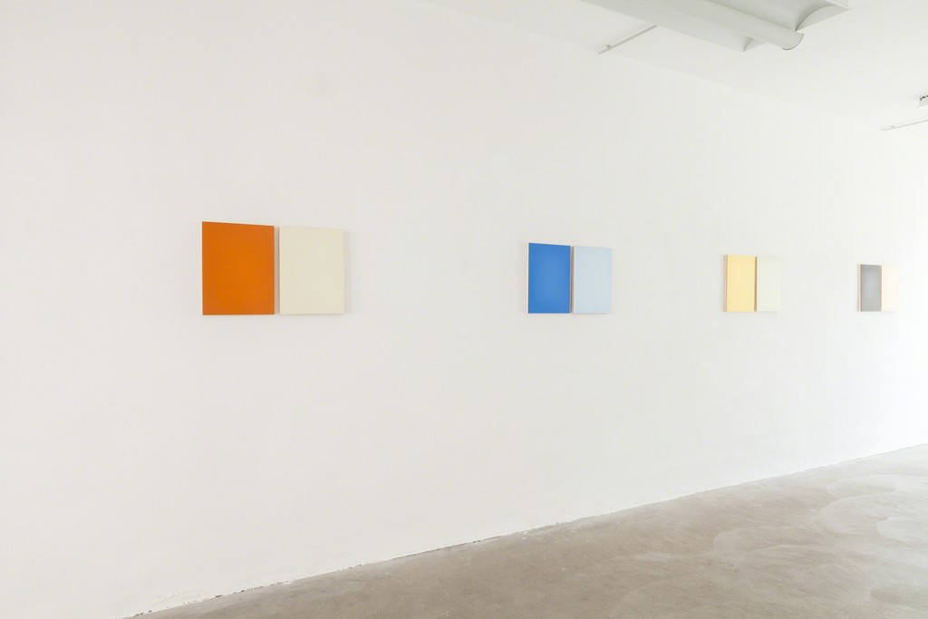 Exhibition View, DAS ESSZIMMER – space for art+: Untitled, 2017, Oil on Two Boards, 40.5 x 63cm (with split) , four variations by Eric Cruikshank