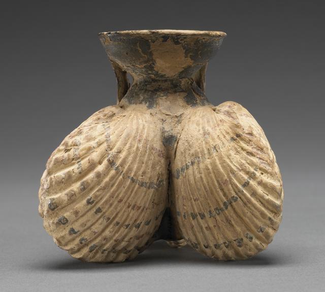 'Cockleshell Aryballos', 525 -475 BCE, J. Paul Getty Museum