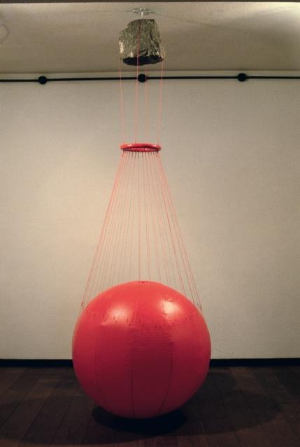 , 'Balloon,' 1985, Galeria Raquel Arnaud