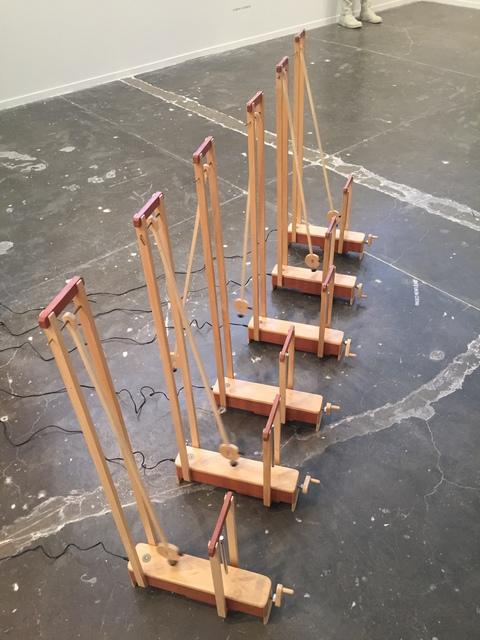 , 'Pêndulos sonoros,' 2017, Baró Galeria