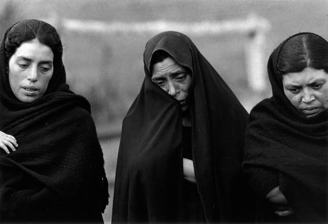 , 'Duelo, Chiapas, México,' 1975, Etherton Gallery