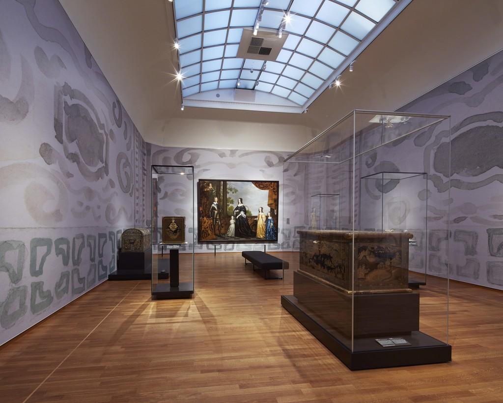 "Installation view, ""Asia > Amsterdam,"" Gallery 9. Rijksmuseum, Amsterdam (2015) Photo: Erik Smits"