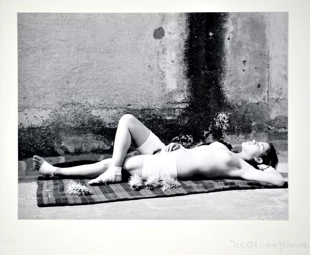 Manuel Álvarez Bravo, 'La buena fama durmiendo [Good Reputation Sleeping]', 1938, ROSEGALLERY