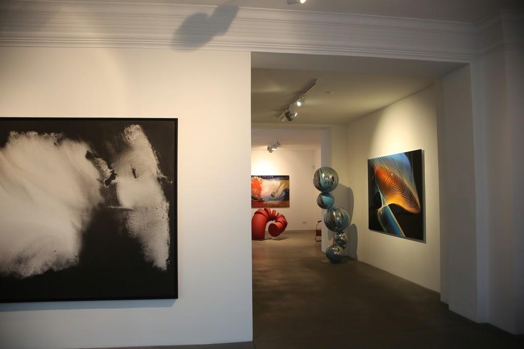 Installation view, Heiner Nitsch, Thomas Schönauer und Ralph Richter, Between Medium and Form, Engelage & Lieder, 2016