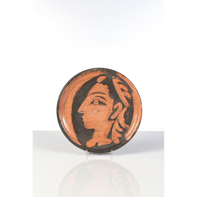 Pablo Picasso, 'Profil de Jacqueline - (Ramié 457)', 1962, Design/Decorative Art, Plate in red earthenware, partially glazed and engraved by knife, PIASA