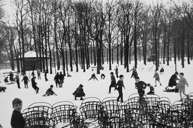 Edouard Boubat, 'Les Enfants dans la Première Neige, Jardin du Luxembourg, Paris', 1955, Afterimage Gallery