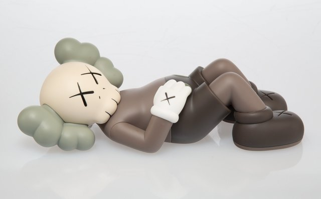 KAWS, 'Holiday: Japan (Brown)', 2019, Sculpture, Painted cast vinyl, Heritage Auctions