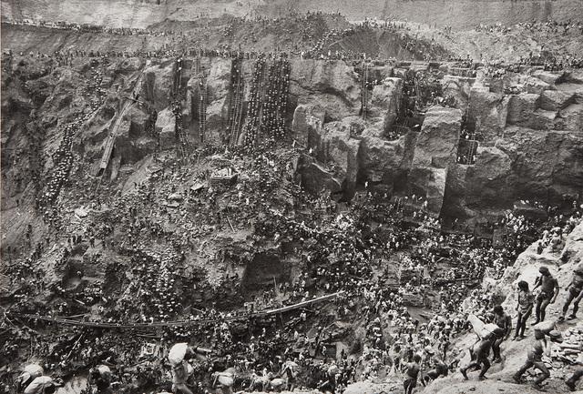 Sebastião Salgado, 'Serra Pelada, Gold Mine, Brazil (Cast of Thousands)', 1986, Phillips
