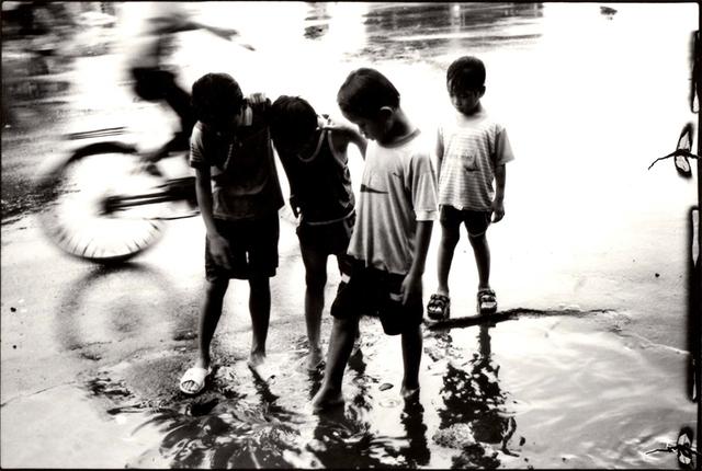 Nicola Bensley, 'Spokes Through Shallows, Vietnam', Candida Stevens Gallery
