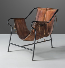 'Tripé', a rare armchair