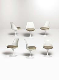 Six Tulip 151C chairs in fiberglass with leather seats