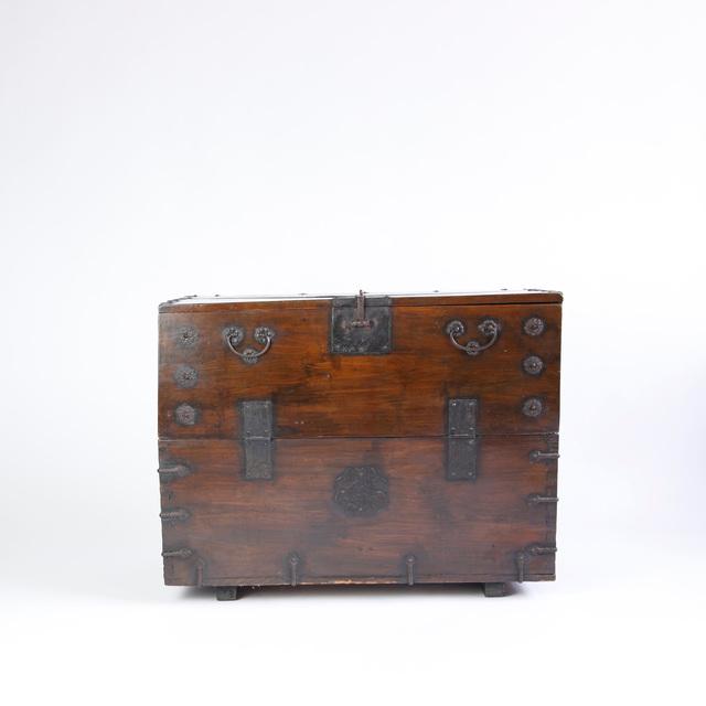 , 'LARGE 19TH CENTURY KOREAN BANDAJI CHEST,' ca. 1800, Lawton Mull