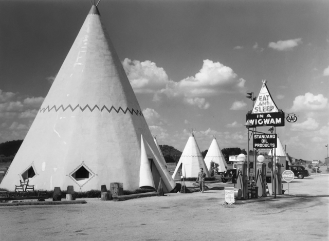 , 'Wigwam Motel, Bardstown, Kentucky,' 1940, G. Gibson Gallery