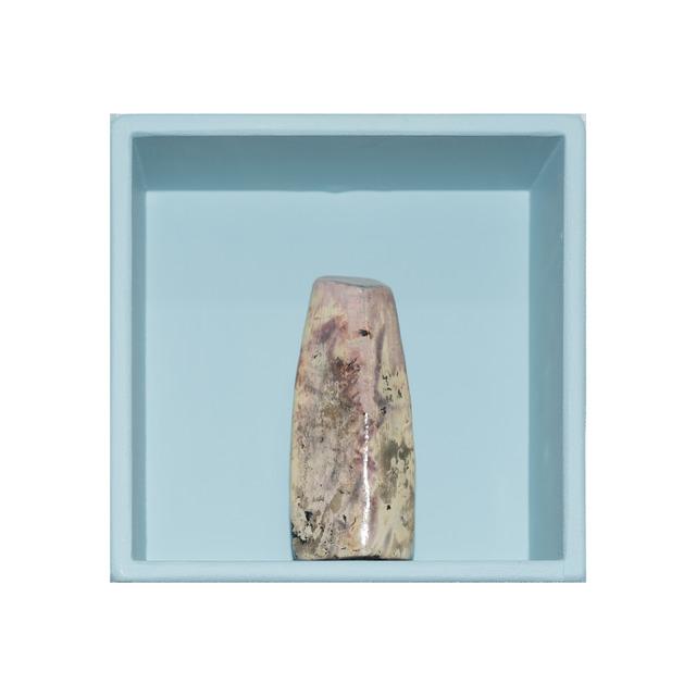 , 'Caja # 18AR Servicio Geológico Ápex,' 2018, Salón Comunal