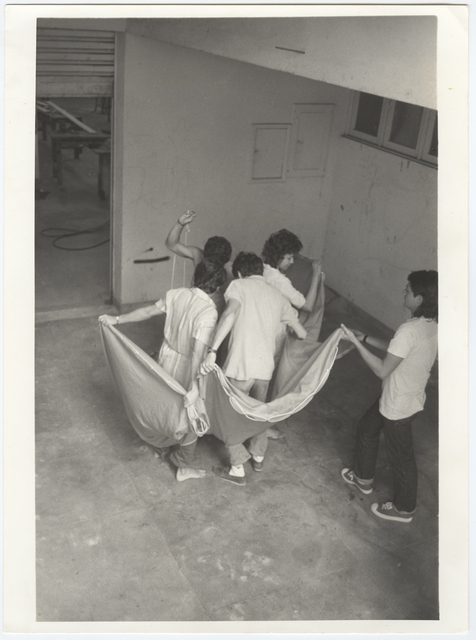 , 'Photographic documentation of the performance Hábito/Habitante,' 1985, Galeria Jaqueline Martins