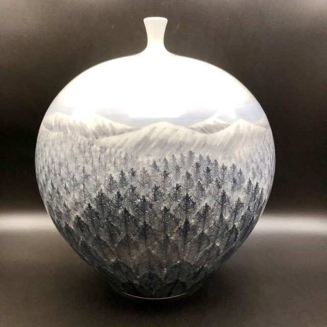 , 'Large Japanese Arita Vase with Mountains and trees Winter Landscape.,' 20th Century, Romang Antiques Gallery - Asian Art