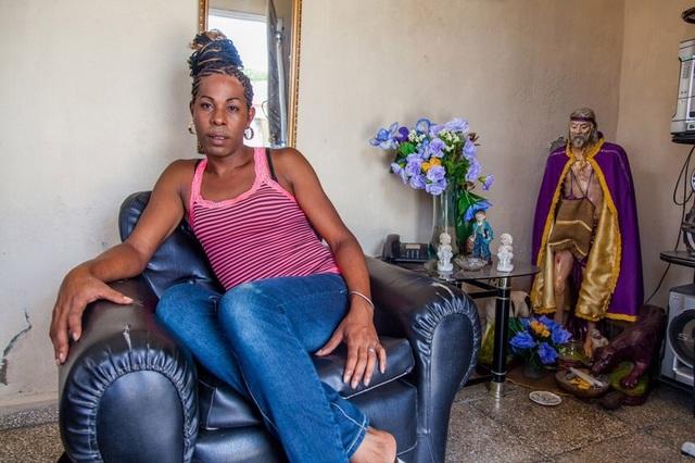 , 'Erika at home, Cienfuegos,' 2013, Cinnabar