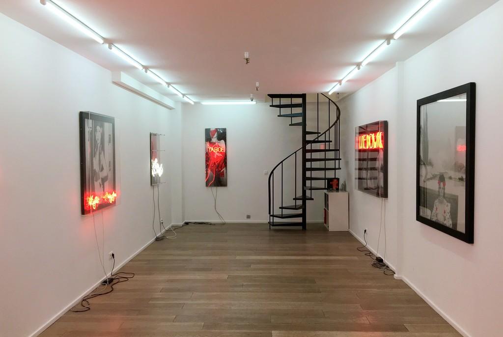 Galerie In Huis : Who the f is liliane v galerie zwart huis artsy