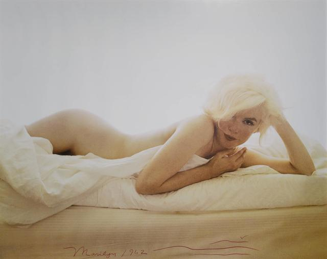 Bert Stern | Large format Marilyn Monroe nude on a bed, from ...