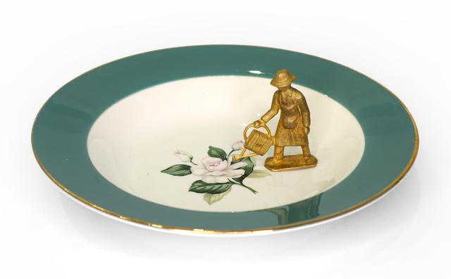 Liliana Porter, 'El Jardinero (with green bordered plate)', 2015, Krakow Witkin Gallery