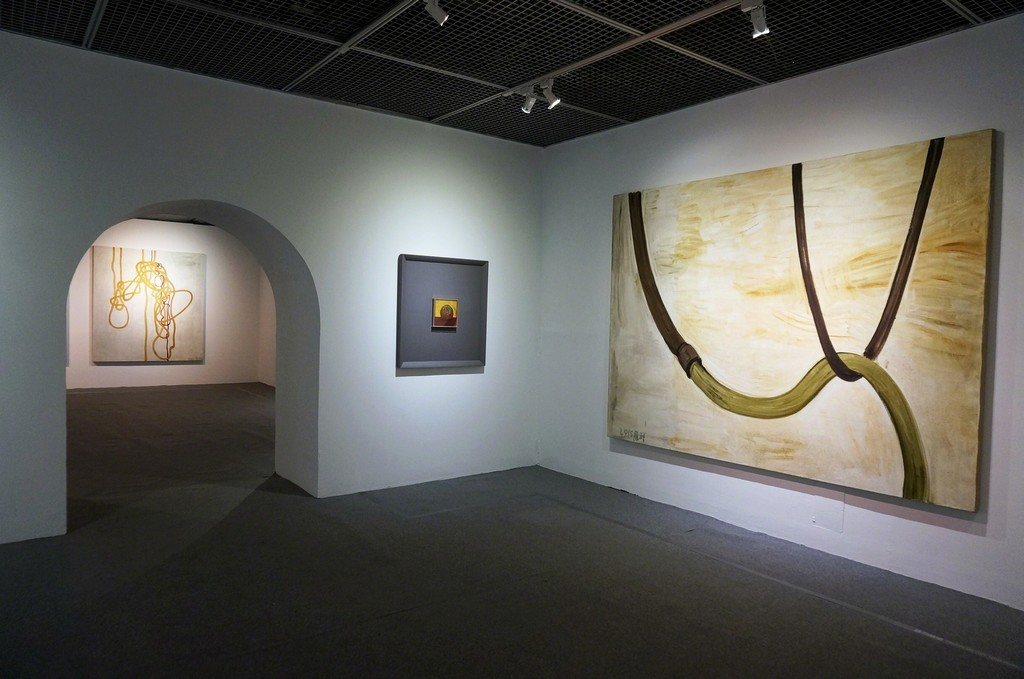 "Installation view, ""Self-Sustained, Artworks by Zhang Enli"" at MOCA Taipei (2015-2016)"