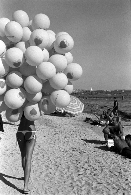 , 'Balloon Beach,' 2017, SPiN Galleries