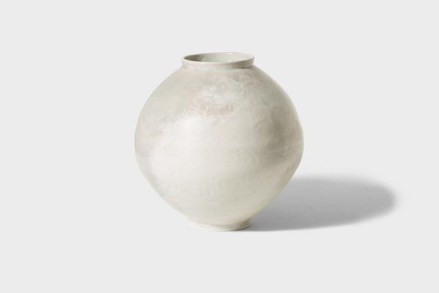 Kyu-tag lee, 'Yoben White Porcelain Moon Jar', 2014, Gallery LVS