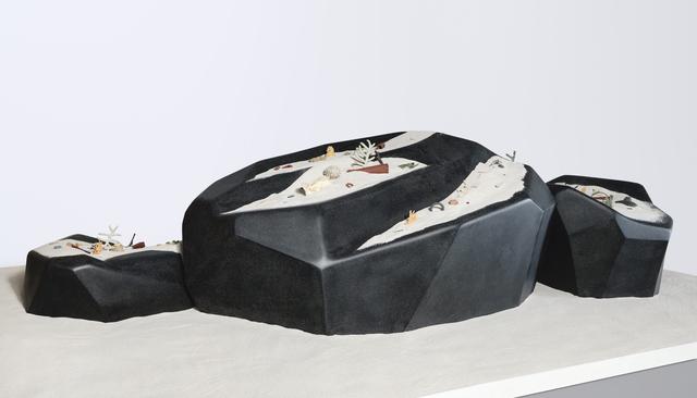 , 'Things turn into stones, stones turn into sand 東西變石頭,石頭變成沙,' 2019, Edouard Malingue Gallery