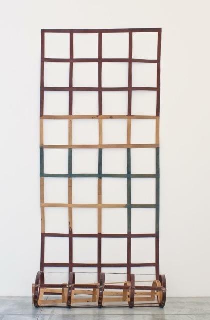 , 'Echelle de bois souple - rouge et jaune,' 1974, Baronian Xippas