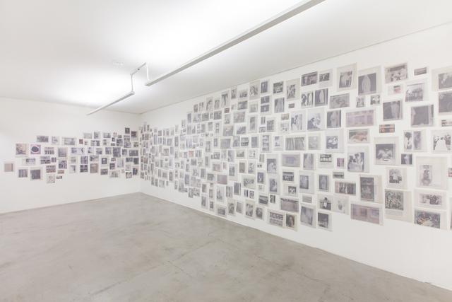 , 'Gabinete dos fluídos (Fluid cabinet),' 2013, Zipper Galeria