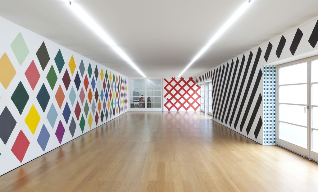 Installation view Martin Creed at Galerie Rüdiger Schöttle, 2016.