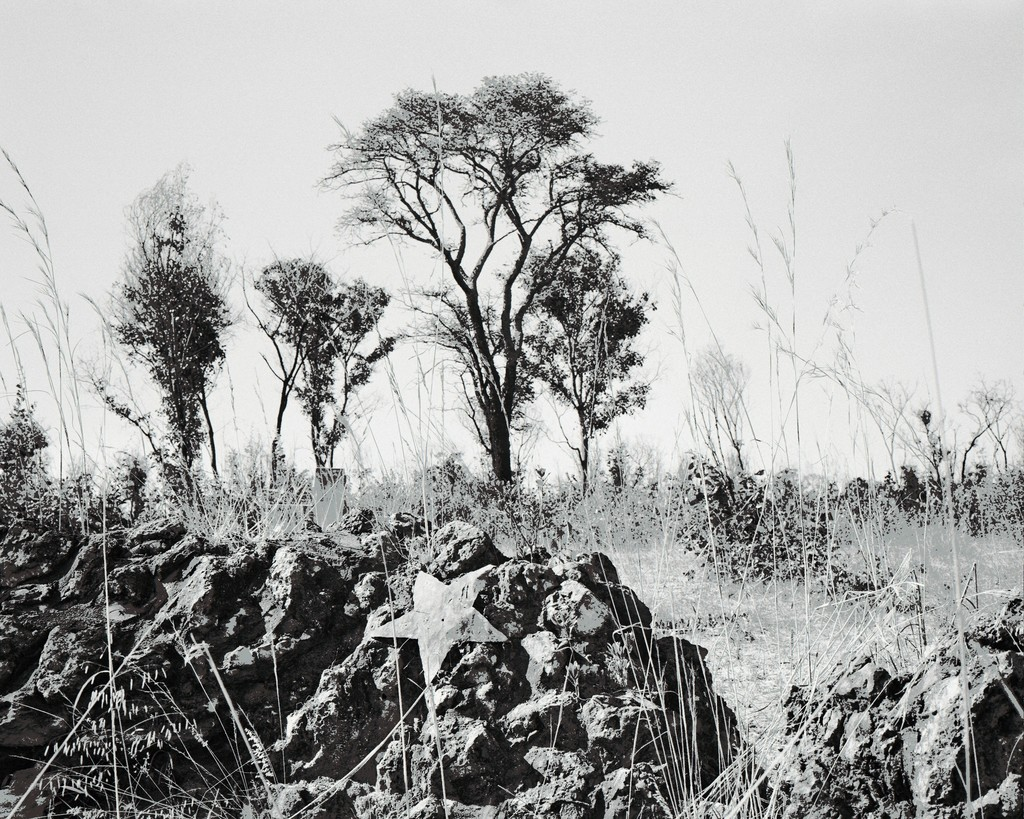 """Unmarked mass grave on the outskirts of Cuito Cuanavale (From the """"As Terras do Fim do Mundo"""" series)"""