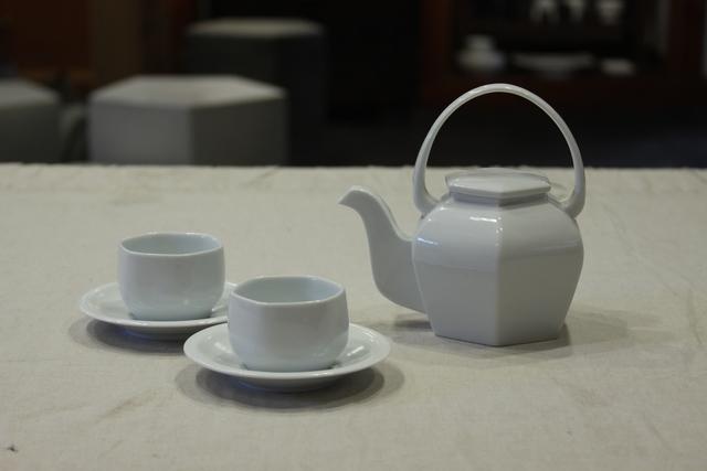 , 'Hexagonal teapot set,' 2016, Christine Park Gallery
